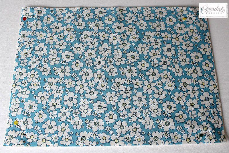 Daisy fabric for the back of the placemat.